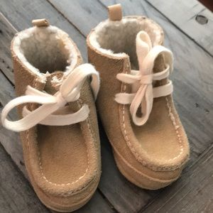 Baby Gap Sherpa Lined Booties